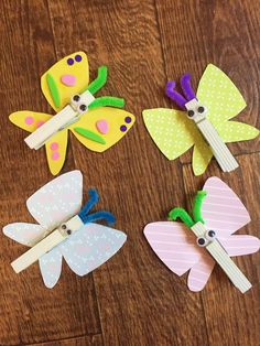 A nice and simple spring time craft, make your own clothes peg butterflies. The decoration options are endless and you can introduce symmetrical patterns. Cute Kids Crafts, Christmas Crafts For Kids To Make, Spring Crafts For Kids, Toddler Crafts, Diy For Kids, Crafts To Make, Daycare Crafts, Kid Crafts, Clothes Pegg Crafts