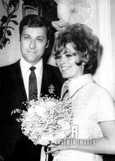 Singer, Jack Jones and actress Jill St John tie the knot in  Oct of 1967 after a very public courtship. They will divorce 2 yrs later.