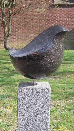 Pottery Sculpture, Bird Sculpture, Animal Sculptures, Garden Sculpture, Wooden Spoon Carving, Wood Carving Art, Stone Carving, Concrete Sculpture, Stone Sculpture