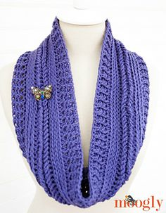 Ups-and-downs-cowl-braided-logo_small2