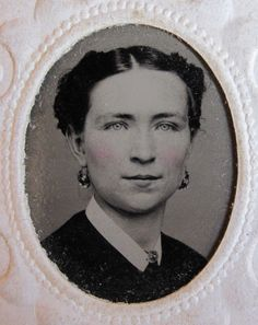 Antique American Civil War Era Blue Eyes Lady Earrings Hairstyle Tintype Photo | eBay