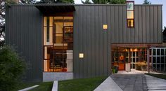 Talk about bringing the outside in! Architecture firm Miller Hull , based in Seattle and San Di. Metal Cladding, Metal Siding, Steel Roofing, Facade Architecture, Residential Architecture, Dream Home Design, House Design, Canada House, Villa