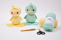 Irresistible Crochet a Doll Ideas. Radiant Crochet a Doll Ideas. Easter Crochet, Knit Or Crochet, Cute Crochet, Crochet Baby, Crochet Patterns Amigurumi, Crochet Dolls, Crochet Chicken, Kawaii Crochet, Newborn Crochet