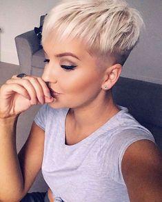 New Pixie Haircut Ideas for 2019 – Susan Haden Hanlin New Pixie Haircut Ideas for 2019 Modern Pixie Haircut Pixie Bob Haircut, Blonde Bob Haircut, Short Pixie Haircuts, Hairstyles Haircuts, Short Hair Cuts, Short Hair Styles, Latest Hairstyles, Platinum Blonde Pixie, Short Cuts