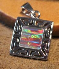 -fire-opal-necklace-pendant-gemstone-silver-jewelry-chic-square-design