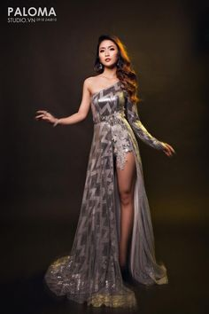 Design by Sequin silver dress Silver Sequin Dress, Sequins, Formal Dresses, Design, Fashion, Silver Gown, Long Dress Formal, Tea Length Formal Dresses, Moda