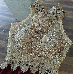 Blouses for women – Lady Dress Designs Sari Design, Blouse Desings, Indian Fashion, Womens Fashion, Fashion Details, Fashion Design, Prom Dresses, Wedding Dresses, Saree Blouse Designs