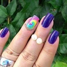 De hoje ^^ #mani roxinha pra combinar com a #película psicodélica de #flores  #beatybeautynails