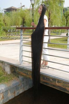 Super Long Hair, Beautiful Long Hair, Dream Hair, Pure Beauty, Rapunzel, Hair Lengths, Asian Woman, Braided Hairstyles, Braids