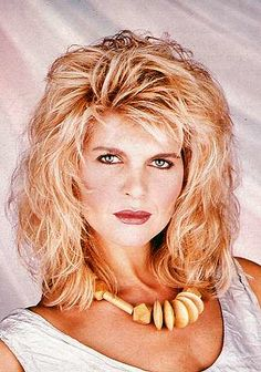 The Period of Women's Rock Hairstyles Boom Rock Hairstyles, Curled Hairstyles, 1980s Hairstyles, Spiral Hair Curls, Curls Hair, Baby Hair Gel, Lace Hair, Light Brown Hair, Blonde Wig