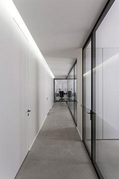 Dior-Men-offices-in-Paris-by-Antonio-Virga-Architecte_dezeen_468_9