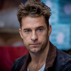 Scott Speedman Was Told to Put His Shirt on for Animal Kingdom ...