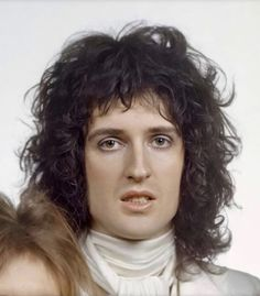Queen Ii, Queen Love, John Deacon, Adam Lambert, Brian's Song, Queen Brian May, Queen Drawing, Music Jam, King Of Queens
