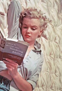 Marilyn was an avid reader.