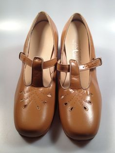 Casewell: women's shoes1950s - Google Search