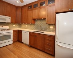 Kitchen White Appliances Design, Pictures, Remodel, Decor and Ideas - page 4