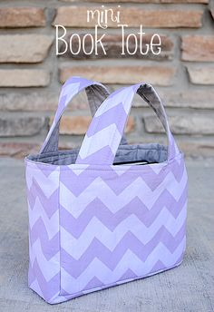Mini Book Tote Tutorial using only 2 fat quarters by Crazy Little Projects