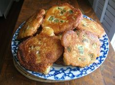 Okra fritters are quick, easy and delicious. An old Southern recipe your family and friends will love and come back for more. Try this okra fritters recipe! Okra Recipes, Cooking Recipes, Cooking Okra, Pasta Recipes, Vegetable Dishes, Vegetable Recipes, Vegetable Garden, Great Recipes, Favorite Recipes