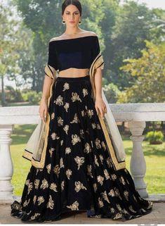 Designer indien pakistanais lehenga robes pakistanaises indien lehenga indien saree lengha choli occasion w Pakistani Lehenga, Bridal Lehenga Choli, Indian Salwar Kameez, Pakistani Dresses, Indian Dresses, Indian Outfits, Anarkali, Lehnga Dress, Indowestern Lehenga