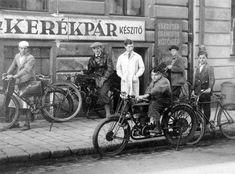 Hajnóczy József(Bors) utca 6.  1936. Budapest, Vintage Bicycles, Bors, Historical Photos, Utca, The Past, Marvel, Culture, Black And White