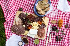 How to plan the perfect BBQ – ideas and tips. http://vessysday.com/how-to-plan-the-perfect-bbq-ideas-and-tips/