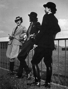 Vintage equestrian fashion! #TBT #Vintage #Equestrian #Style
