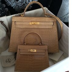 Hermès Kelly light brown croc 30 cm and 20 cm bags