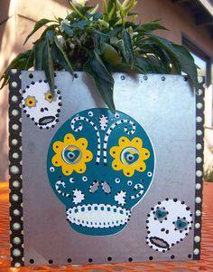 I love me some dia de los muertos crafts :)