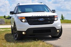 2014 Ford Explorer Sport almost looks like a range from the front