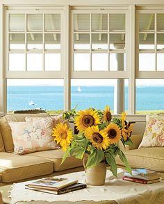 Sea & sunflowers... aaah.