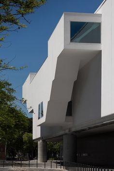 Gallery of Museu dos Coches / Paulo Mendes da Rocha + MMBB Arquitetos + Bak Gordon Arquitectos - 90