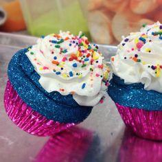 Glittercake. Cupcake bath bomb by Feeling Smitten.
