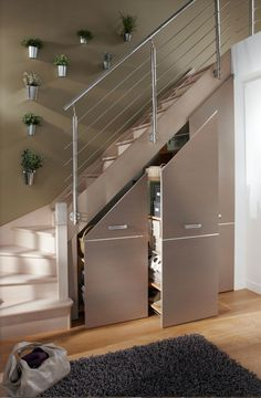 Often wasted, the available space (Ideas on How To Use Under Stairs as Saving Storage) below the stairs is synonymous with square meters in our favor. Staircase Storage, Stair Storage, Staircase Design, Diy Storage Under Stairs, Under Stairs Pantry, Small Staircase, Basement Storage, House Stairs, Stairs To Loft