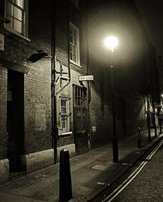 Unseen London: Apollo theatre stage door