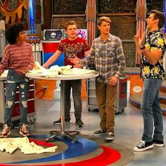 I love this guys. Jason Norman, Henry Danger Jace Norman, Childhood Tv Shows, Persona, Guys, Celebrities, Copper, Kid, Board