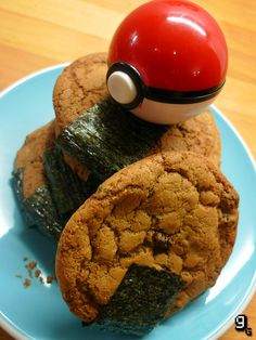 Poke ball cookies (Excellent blog brings the food from your favorite games to life!)