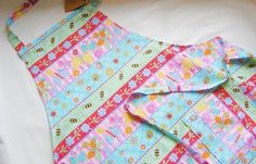 Classic Women's Apron with Pockets  Adjustable by FindUrHappyPlace, $20.00