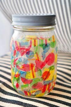 空き瓶活用!ペパナプをちぎってデコパージュするだけ簡単!斬新なステンドグラス風リメイク|暮らしニスタ