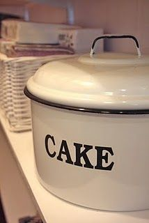 CAKE enamelware ~~oh I like this one