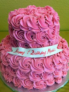 @JBirdHome * Frosting like this Pink roses birthday cake
