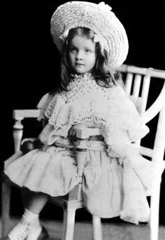 Marlene Dietrich at about 5