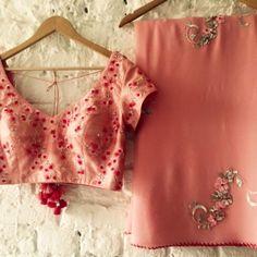 Chiffon Saree, Saree Dress, Indian Attire, Indian Wear, Indian Dresses, Indian Outfits, Saree Color Combinations, Stylish Sarees, Elegant Saree