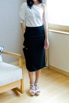side slit skirt from Kakuu Basic. Saved to Kakuu Basic Skirts. Shop more products from Kakuu Basic on Wanelo. Seoul Fashion, Korea Fashion, Slit Skirt, High Waisted Skirt, Online Fashion Stores, Korean Outfits, Bag Accessories, Clothes For Women, Skirts