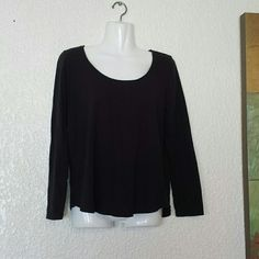 "ANTHROPOLOGIE ""Pure + Good"" Scoop Neck Tee 100% cotton. Scoop neck. Long sleeves. FINAL PRICE FIRM. Anthropologie Tops"