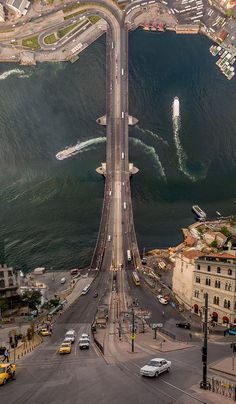 Istanbul Inception: Warped Turkish Cityscapes by Aydin Büyüktas | Colossal