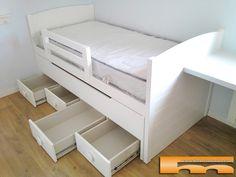 habitacion_infantil_niño_cama_compacta_lacada_Elisabet_Balsareny cajones