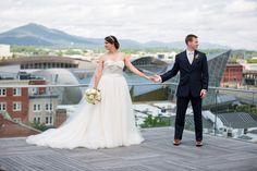 Taubman Museum Wedding | Roanoke, VA Wedding Photographers | Lindsey Charlie