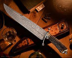 Maker: Lin Rhea, MS Website: rheaknives.com Blade: W ladder pattern 15N20 &…