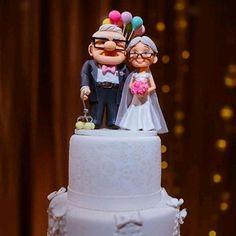 TOPO DE BOLO UP ALTAS AVENTURAS no Elo7 | Ateliê Juliana Louback (7B98AF) Up Carl And Ellie, Beautiful Birthday Cakes, Disney Art, Old Women, Hijab Drawing, Lady, Pink, Wedding, Baking
