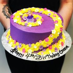 Rapunzel Cake - The Girl on the Swing Bolo Rapunzel, Rapunzel Birthday Cake, 6th Birthday Cakes, Tangled Birthday Party, Birthday Cake Girls, Rapunzel Cake Ideas, Birthday Ideas, Beautiful Birthday Cakes, Disney Cakes